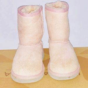 Ugg kids toddler size 8 boots
